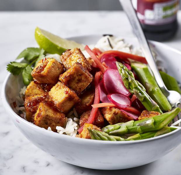 Sticky soy and chilli tofu with pickled rainbow veg