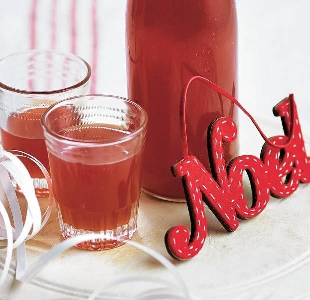 Cranberry, cinnamon and orange liqueur