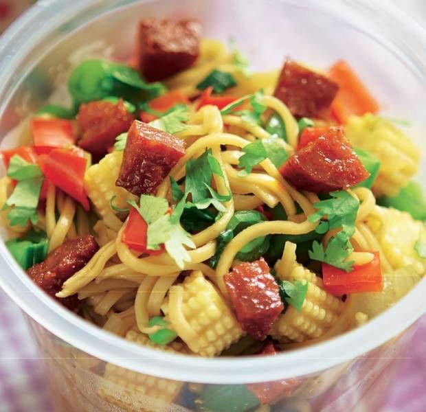 Chorizo & pepper noodle pots