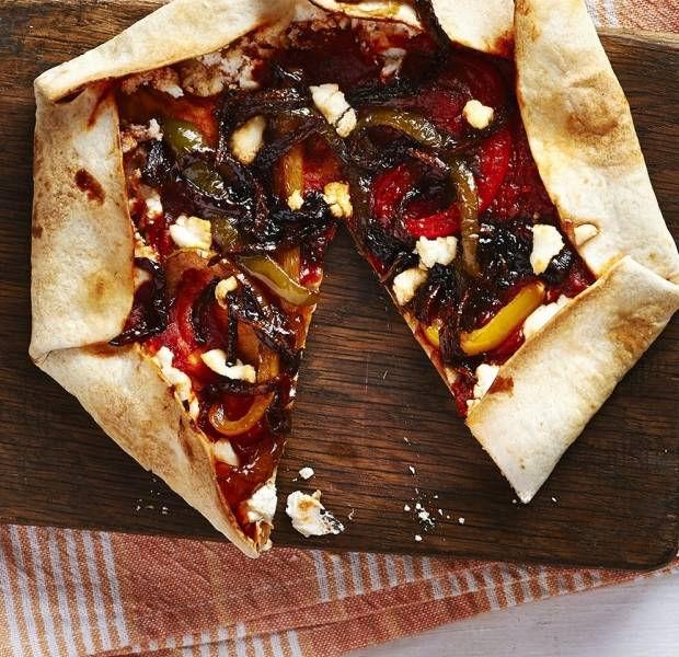 Roast pepper & red onion stuffed crust tortilla pizza