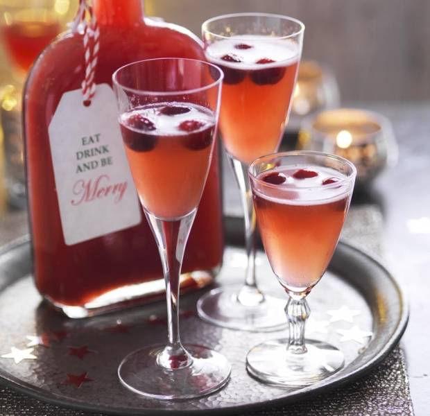 Cranberry, orange & cinnamon liqueur