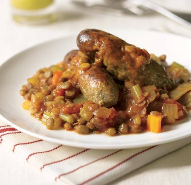 Green lentils with vegetarian sausages