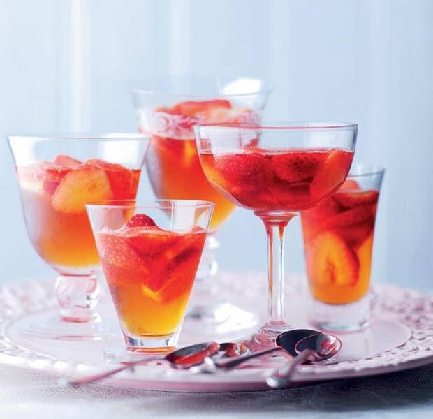 Fruity Pimm's jellies