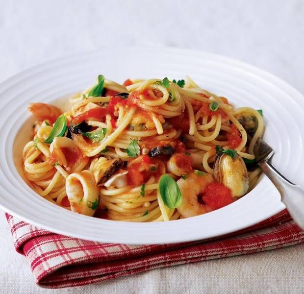 Pasta with tomato seafood sauce