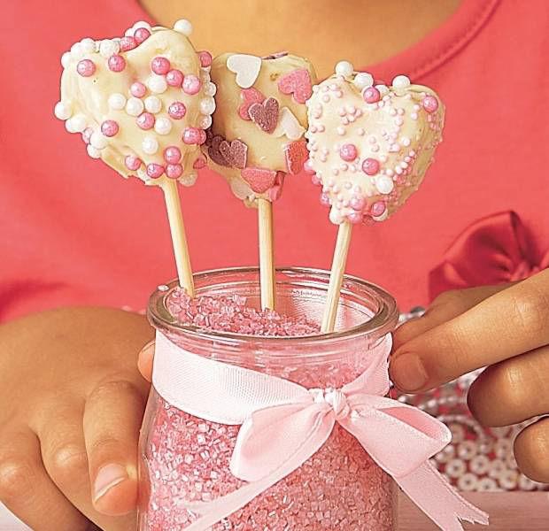 Valentine's cake lollies