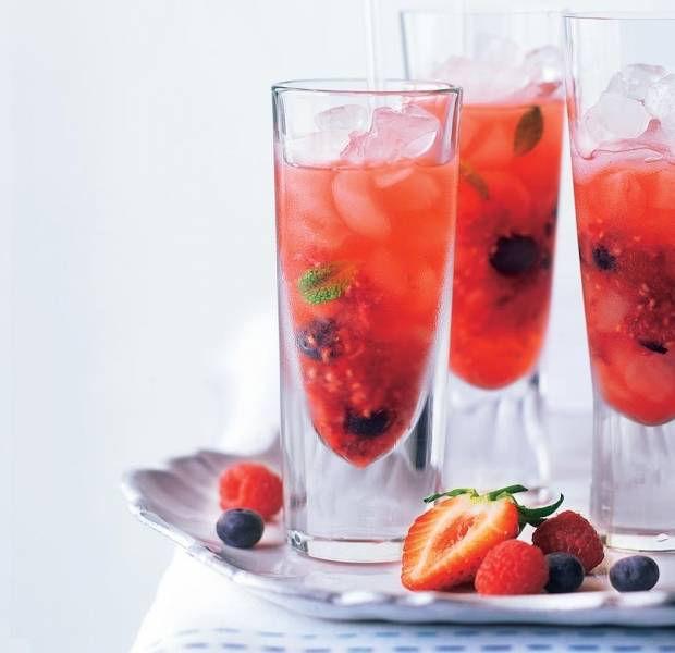 Berry mojito