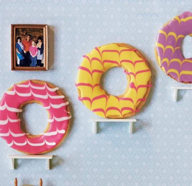 Whopping party rings