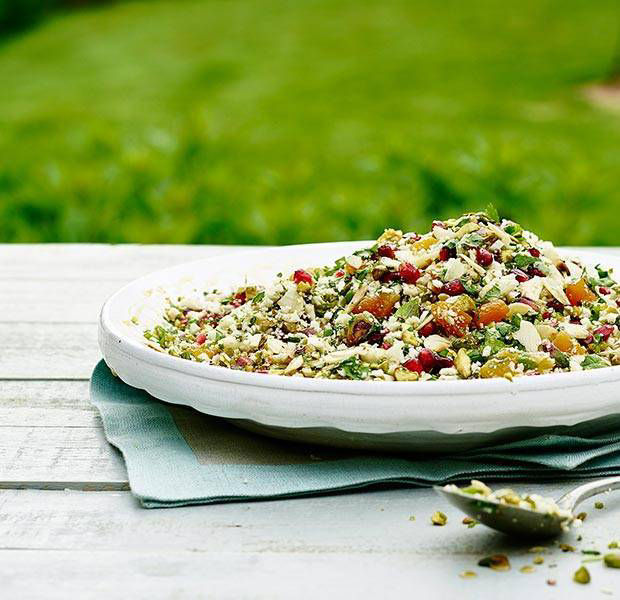 Cauliflower couscous with maple syrup dressing