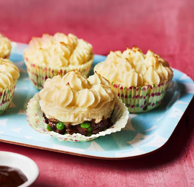 Cottage pie cupcakes