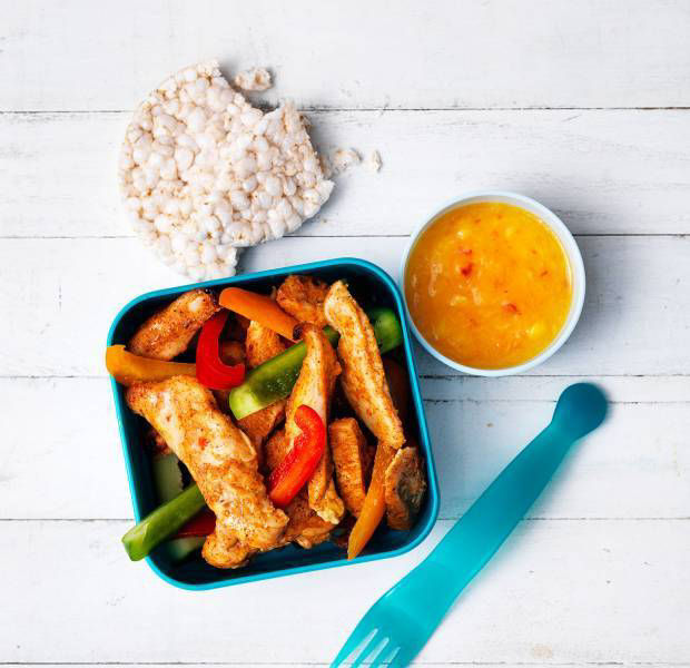 Coronation grilled chicken with mango dip