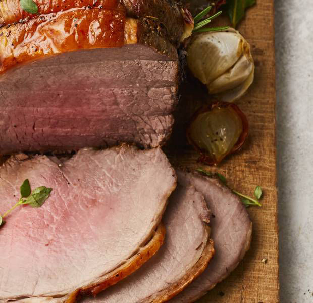 Rosemary and juniper roast beef with bacon and mushroom mash