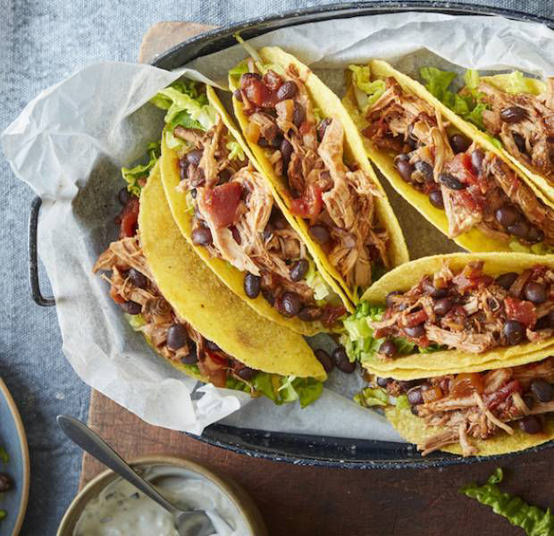 Slow cooked pulled pork tacos