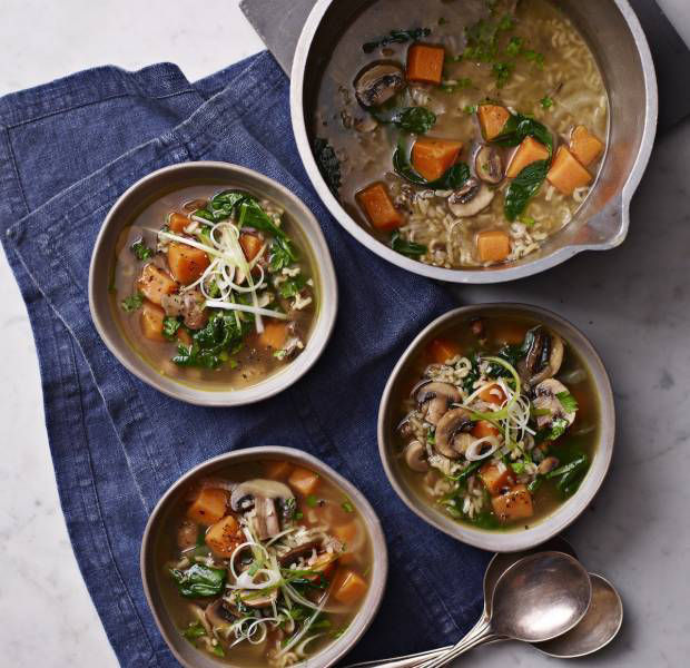 Mushroom, spinach and wild rice soup
